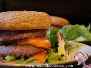 burger-flou-qui-a-du-gout-roquette-mimolette